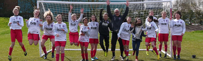 Worthing Divas Celebrate Victory in the Cup Semi-Final